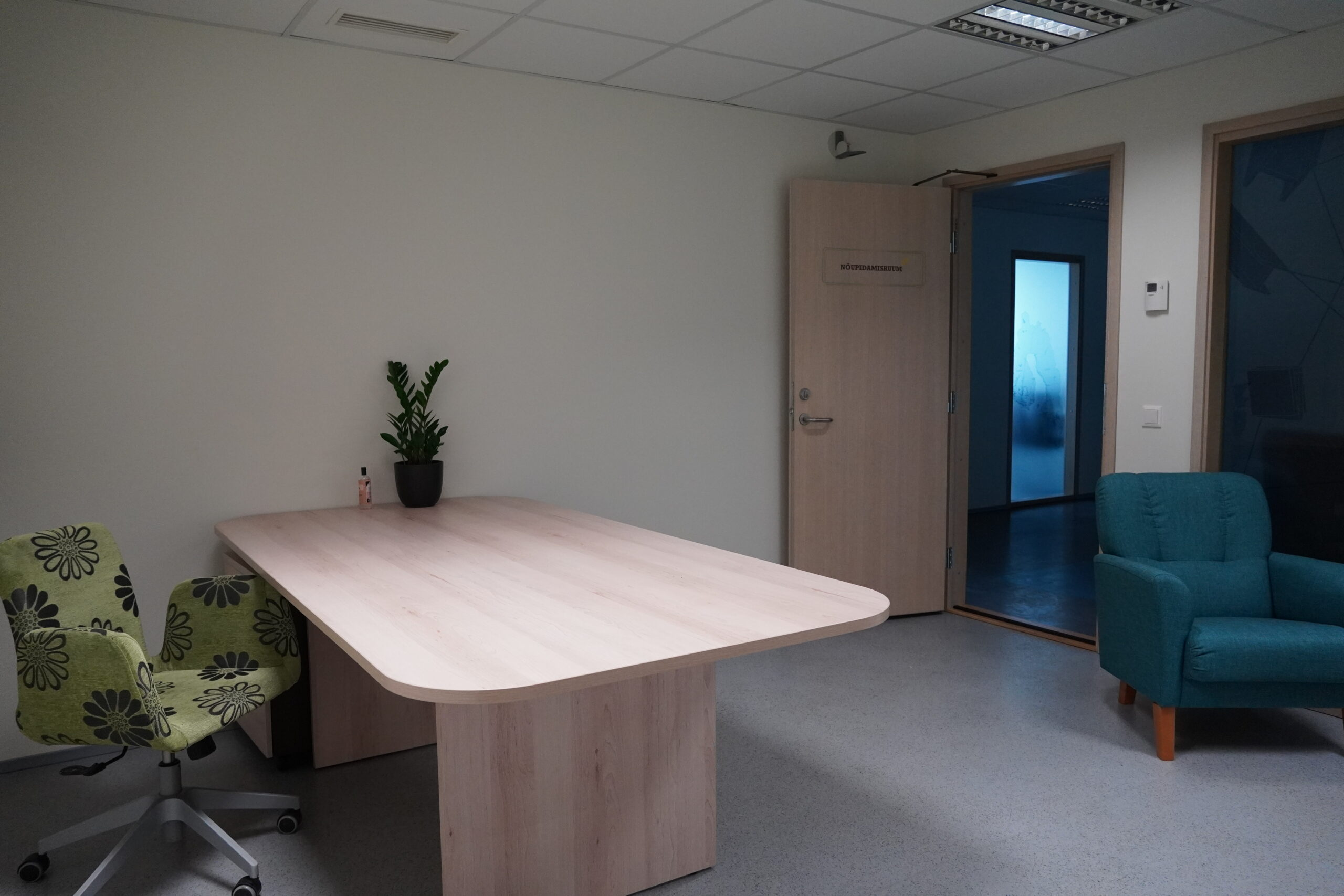Hubane kontoriruum Tallinnas